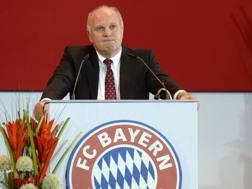 Uli Hoeness ha annunciato grandi manovre sul mercato per i bavaresi. Afp