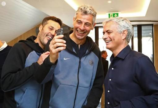 Mourinho con Toldo e Julio Cesar. Fc Inter