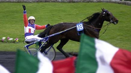 Varenne all'Amerique nel 2002 dove centra la seconda vittoria della manifestazione. Ap