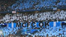 I tifosi del City all'Etihad