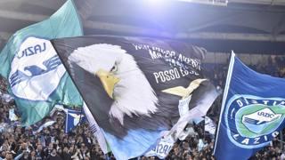 I tifosi della Lazio all'Olimpico in occasione del derby dello scorso 2 marzo. LaPresse