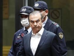 Carlos Ghosn lascia il carcere a Tokyo. Ap