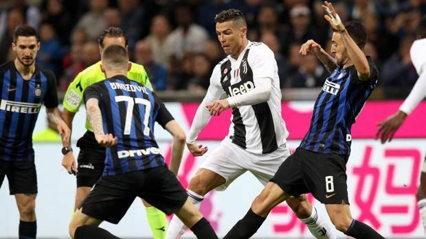 Ronaldo in azione, a segno nella ripresa. Ansa