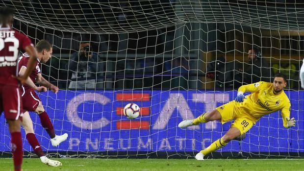 598fd80e3acf90 Torino-Milan 2-0: Belotti su rigore e Berenguer. Mazzarri-Romagnoli ...