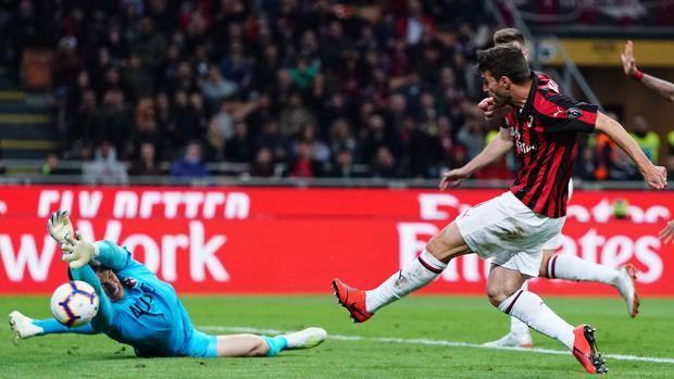 Il gol di Borini del 2-0 rossonero. Lapresse