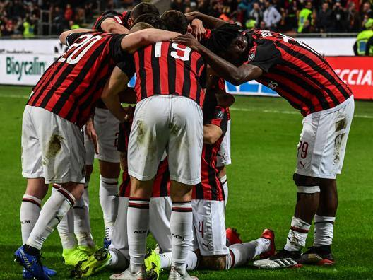 Milan in scia Champions Ma che fatica col Bologna