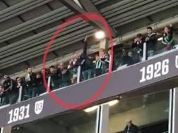 Il gesto idiota durante il derby di Torino