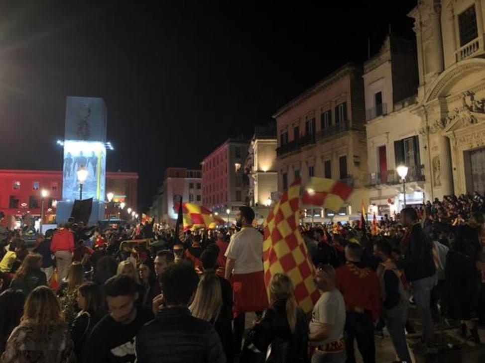 Le strade di Lecce in festa.
