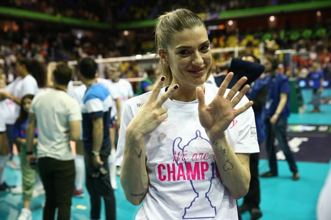 Francesca Piccinini, 40 anni, ha vinto la settima Champions. galbiati