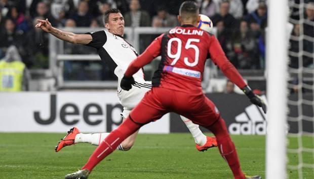 Il gol di Mandzukic all'Atalanta