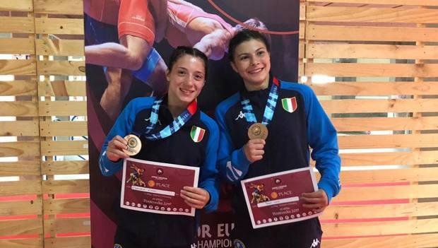 Emanuela Liuzzi e Teresa Lumia con il bronzo conquistato rispettivamente nei 50 e nei 59 kg