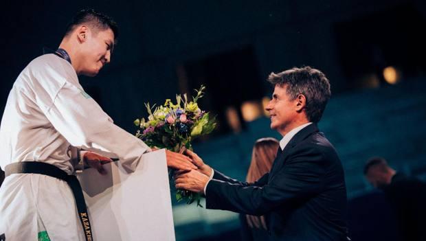 Angelo Cito, presidente Fita, durante le premiazioni dei vincitori. Foto Roberto Zazzara