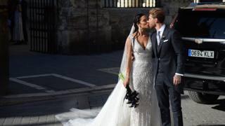 """Sergio-Pilar, il 'sì"""" a Siviglia davanti a una parata di stelle"""