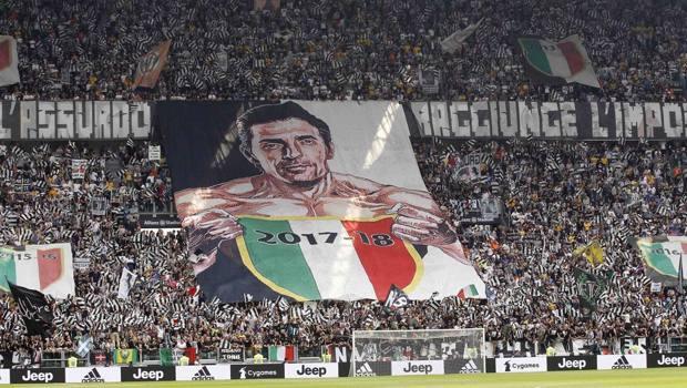 Festa scudetto e omaggio a Gigi Buffon che lascia