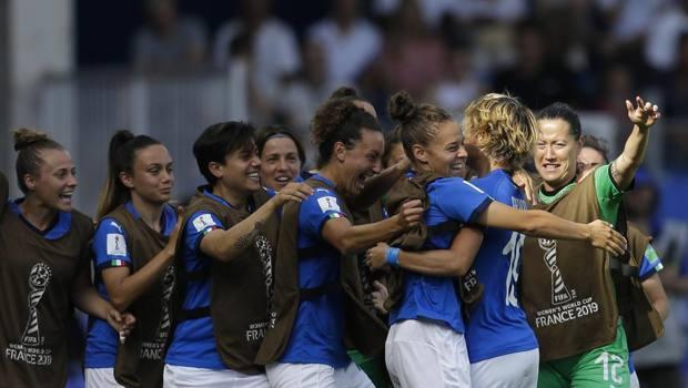 Mondiali femminili: continua la favola dell'Italia, battuta negli ottavi la Cina