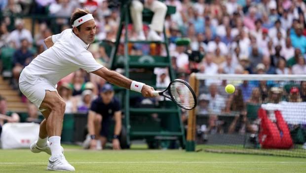 Roger Federer, 37 anni. Epa