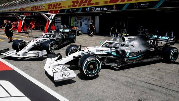 La livrea bianca delle Mercedes per il GP di Germania
