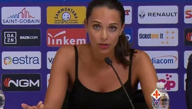 Alessia Enriquez, l'interprete scelta dalla Fiorentina per la presentazione di Franck Ribery. VIOLACHANNEL.TV