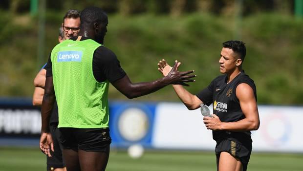 Sanchez con Lukaku