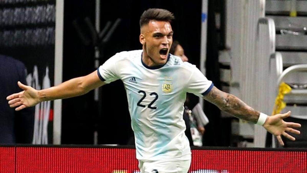 """""""Toro"""" scatenato con l'Argentina: tripletta e assist di Lautaro nel ..."""
