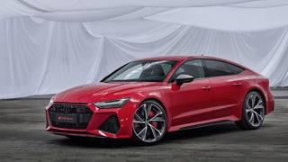 Forme ed eleganza: l'Audi RS7 a 360 gradi
