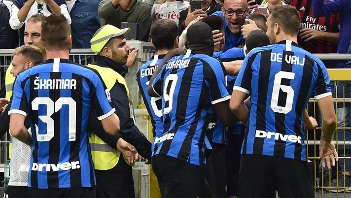 L'esultanza dei giocatori dell'Inter. Lapresse