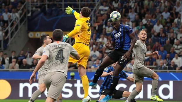 Il gol del momentaneo 1-0 di Zapata