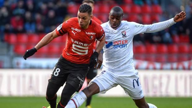 Ben Arfa (a sinistra) in azione con la maglia del Rennes. Afp