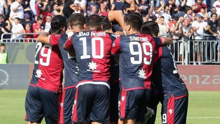 L'esultanza del Cagliari nella vittoria interna contro la Spal. Getty