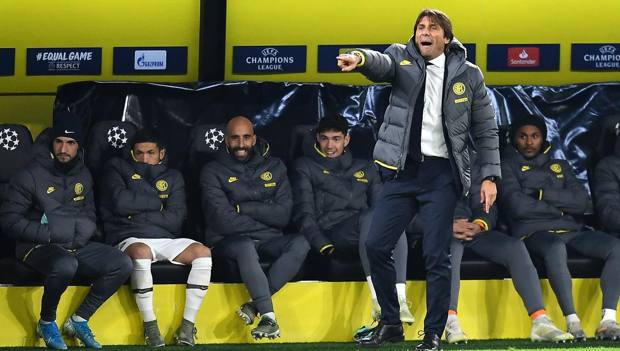 Antonio Conte in panchina. GETTY