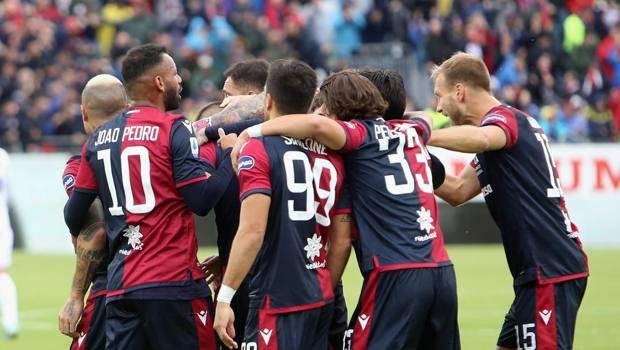 Cagliari in festa: contro la Fiorentina una prova spettacolare. Getty