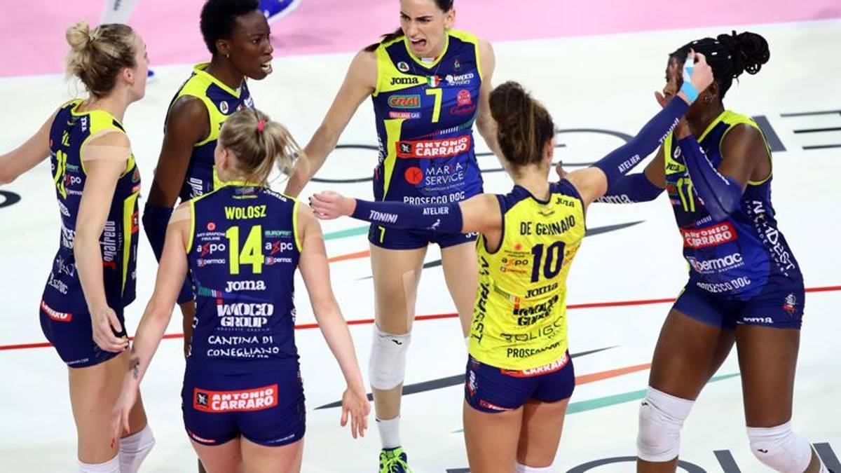 Volley, Supercoppa donne: Conegliano trionfa 3-0 su Novara - La Gazzetta dello Sport - Tutto il rosa della vita - La Gazzetta dello Sport