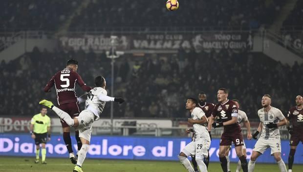 Il gol di Izzo nell'ultimo Torino-Inter