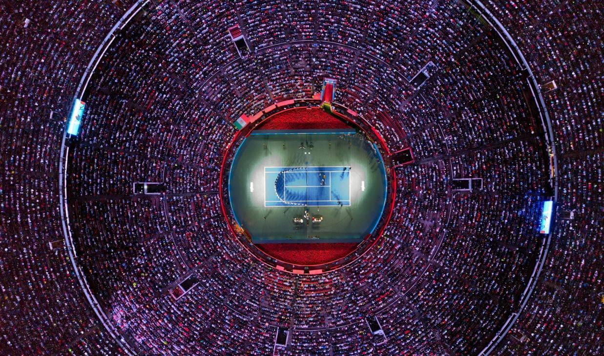 Plaza de Toros gremita per l'esibizione tra Federer e Zverev: gli spettatori erano in 42.517