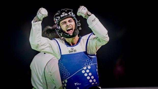Vito Dell'Aquila, 19 anni, vince l'oro nei -58 kg: è qualificato a Tokyo 2020