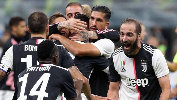L'esultanza dei giocatori della Juventus dopo il gol contro l'Inter. Ansa