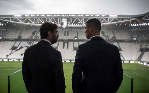 Il presidente della Juventus Andrea Agnelli, 44 anni, e Cristiano Ronaldo, 34. Getty