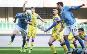 Maggio di testa riporta la gara in parità; Chievo-Benevento 1-1.