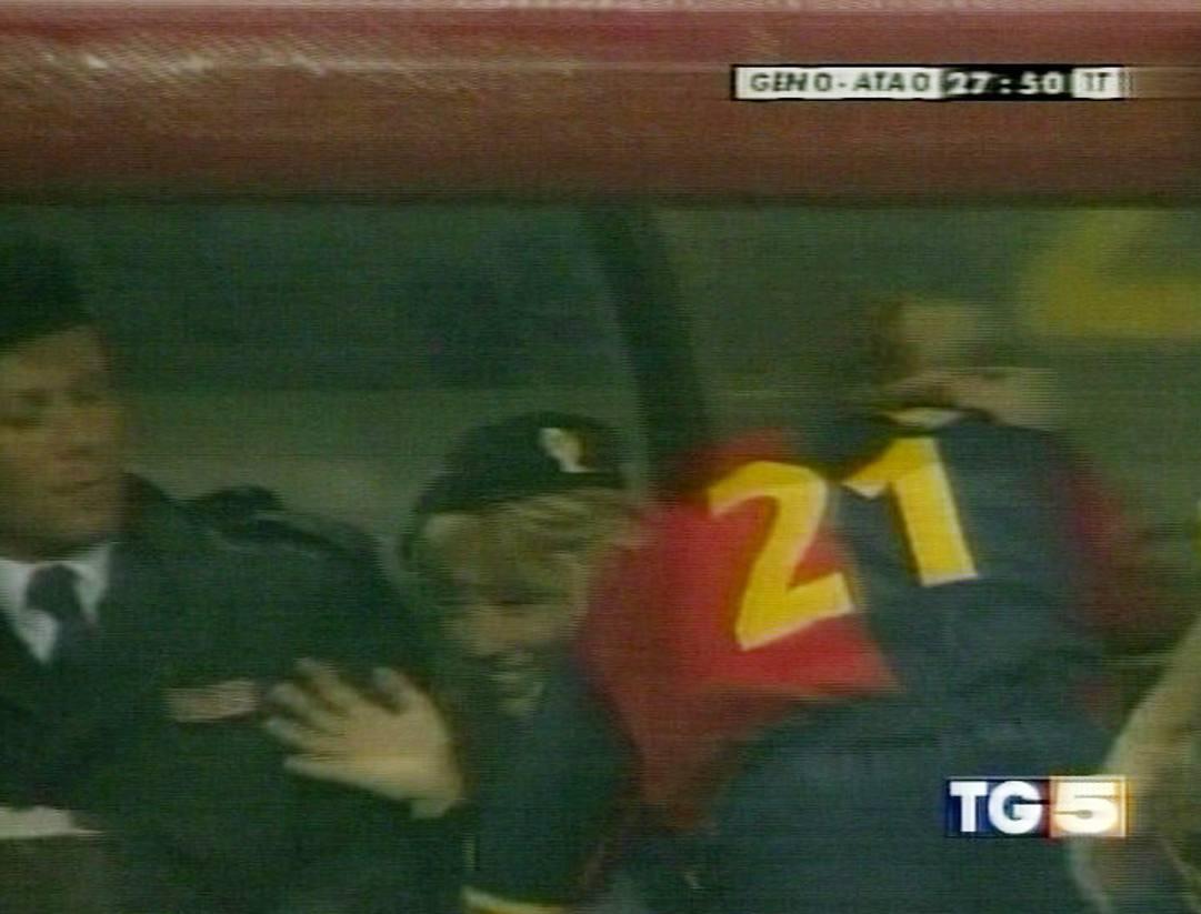 Il famoso bacio durante Genoa-Atalanta