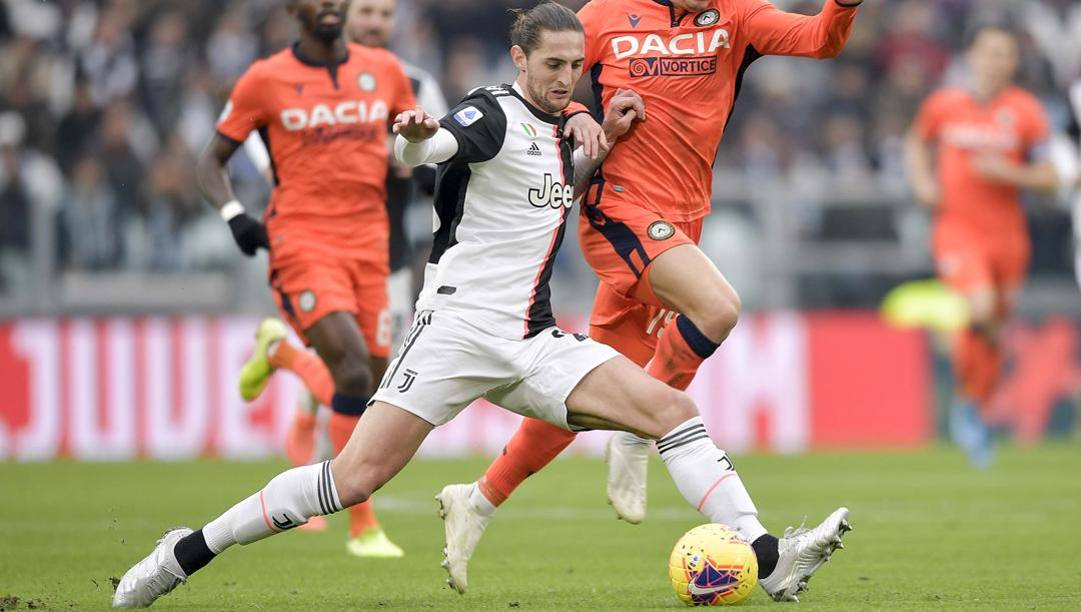 Rabiot in azione contro l'Udinese