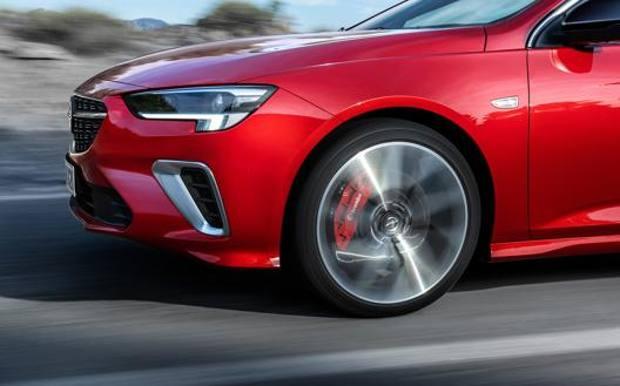 2879090-chfnyf9cmc-whr-kzTF--528x329@Gazzetta-Web_528x329 C'è più stile nell'Insignia GSI Motori Auto Esposizioni