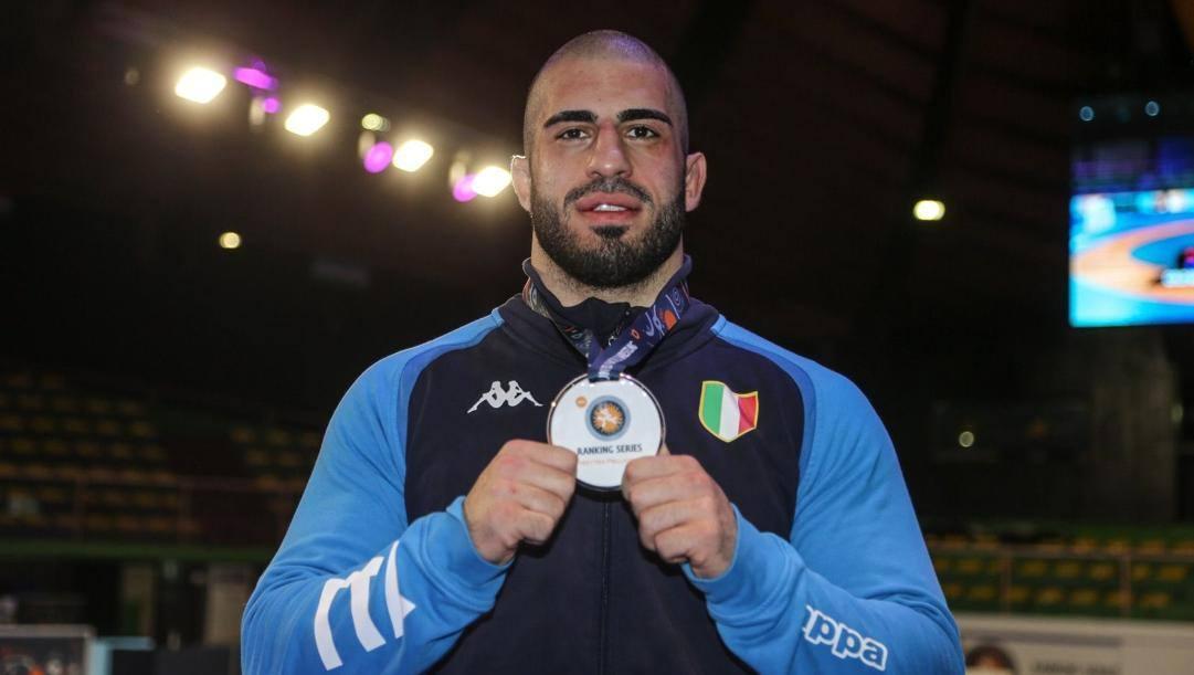 Nikoloz Kakhelashvili vince l'oro nei -97 kg: è il secondo successo nel circuito Ranking Series