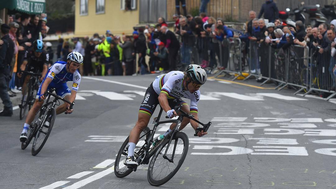 Sagan , Alaphilippe e Kwiatkowski nel 2017 in cima al Poggio (Bettini)