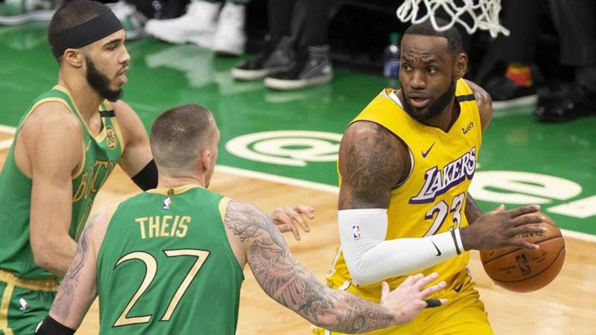 Boston mostro a tre teste, umiliati i Lakers e LeBron