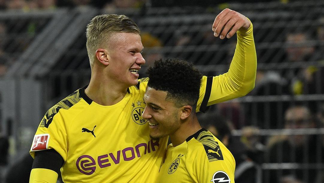 Erling Haaland (a sinistra), nuova stella del Borussia Dortmund e della Bundesliga. Ap
