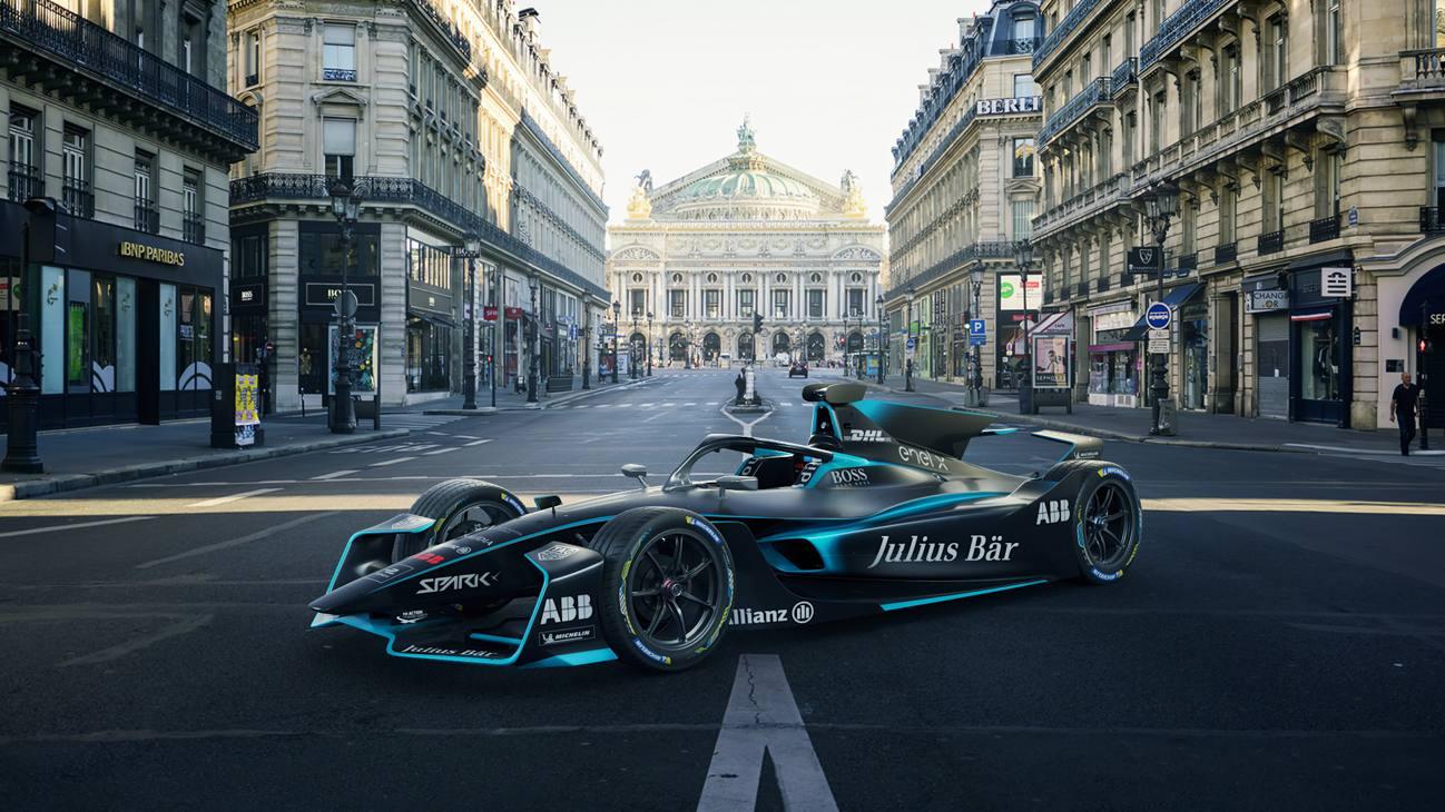 Ecco le forme della monoposto che correrà il campionato 2020/21 della Formula E. I principali cambiamenti della Gen2 EVO includono un'ala anteriore riprofilata, una nuova ala posteriore curva e l'introduzione di una pinna dorsale - più comunemente chiamata pinna di squalo.