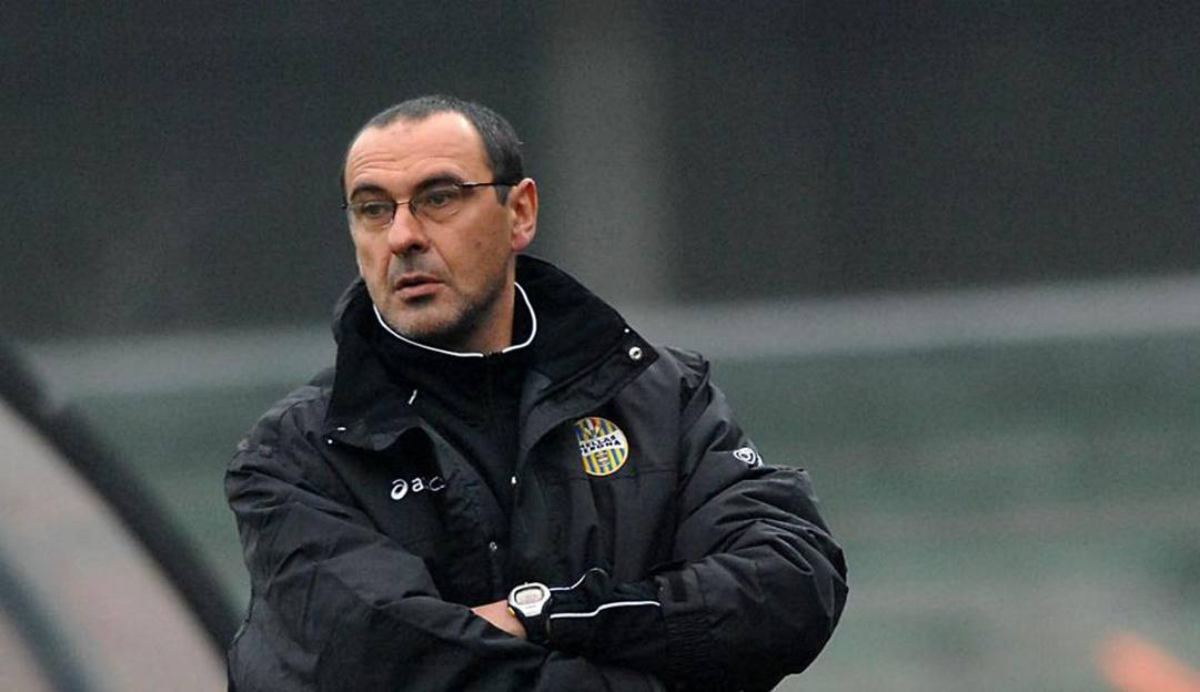 Maurizio Sarri nel' 07-'08 sulla panchina Hellas'