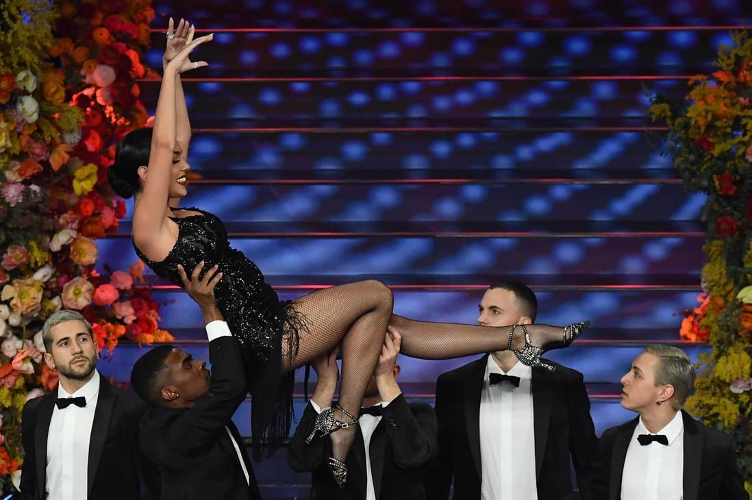 Georgina Rodriguez, compagna di Cristiano Ronaldo, mattatrice della terza serata del Festival di Sanremo. Ansa
