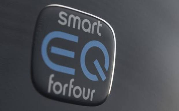 Smart EQ forfour e fortwo, solo elettrica la citycar tedesca