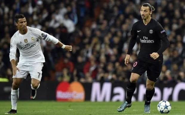 Ronaldo e Ibra durante un Real-Psg di Champions.